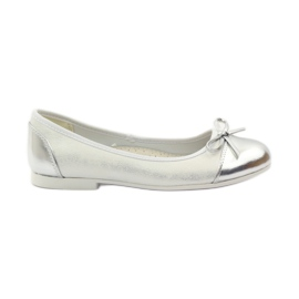 American Club Ballerinas Schuhe mit einem amerikanischen Bogen weiß