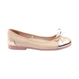 American Club Ballerinas Schuhe mit einem amerikanischen Bogen