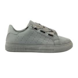 McKey Creepersy Schuhe mit einem grauen Band gebunden