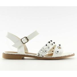 Sandalen auf flachem Weiß 99-19 Weiß