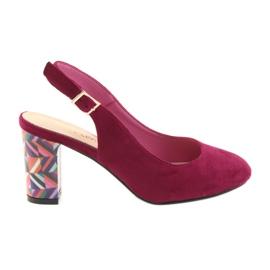 Pink Sandalen auf dem Posten Sergio Leone 788