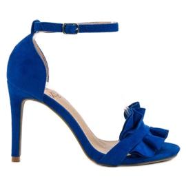 Kylie blau Sandalen auf einem Pin mit einer Rüsche