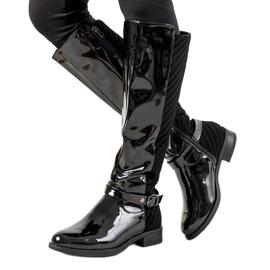 Schwarz lackierte Stiefel W-93