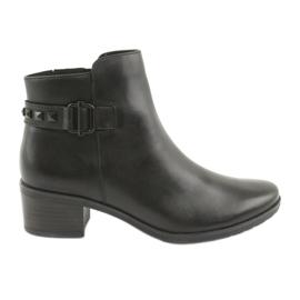 Caprice 25433 schwarze Stiefel mit schwarzen Nieten