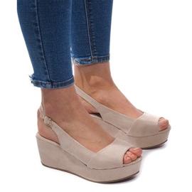 Braun Sandalen mit Keilabsatz 3H096 Beige