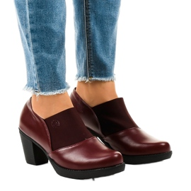 Gemre rot Kastanienbraune Slip-On-Stiefel am TH-F198-Pfosten