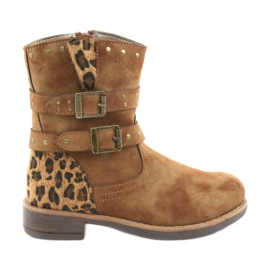 American Club Leopard lädt amerikanische braune Strahlen auf
