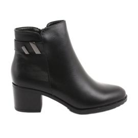 Isolierte Stiefel mit Reißverschluss Daszyński SA153 schwarz