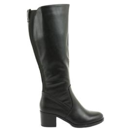 Isolierte Stiefel auf High Heels Daszyński 153 schwarz