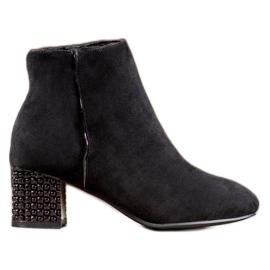 SHELOVET Stiefel Mit Einem Dekorativen Absatz schwarz