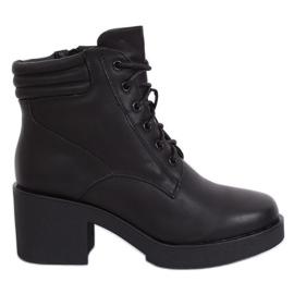 Schwarze Stiefel mit dicker Sohle schwarz 2097 Schwarz