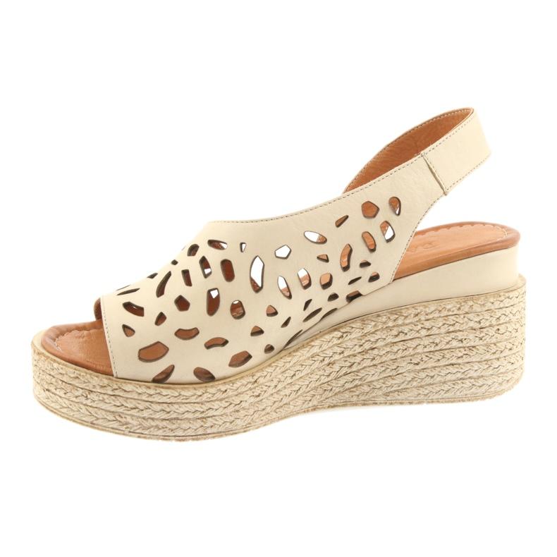 Braun Sandalen mit Keilabsatz Badura 4812 beige Bild 2