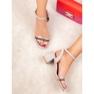 Ideal Shoes Stilvolle Wildledersandalen grau 6