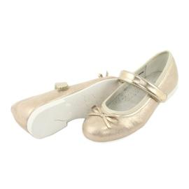 Goldene Ballerinas mit American Club Bogen GC03 / 20 4