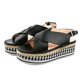Schwarze Sandalen auf Plattform 1507-1 2