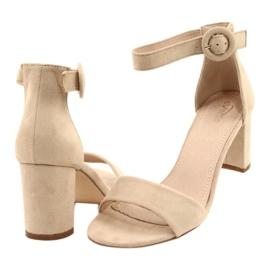 Sandalen auf Ferse Beige Evento 20SD98-1617 2