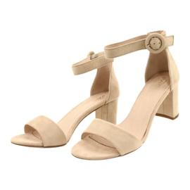 Sandalen auf Ferse Beige Evento 20SD98-1617 1