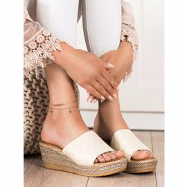 Bona Flip-Flops beige 3