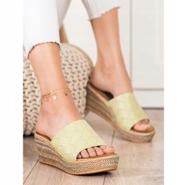Bona Flip-Flops grün 1