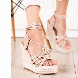 Seastar Gebundene Sandalen auf einem hohen Keil beige 3