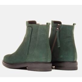 Marco Shoes Leichte Stiefel mit flachem Boden aus Naturleder isoliert grün 4
