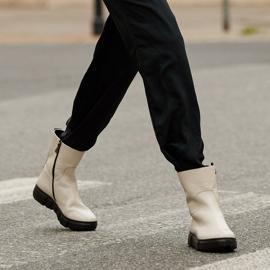 Marco Shoes Sportliche weiße Stiefelette aus weichem Naturleder 1
