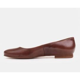 Marco Shoes Ballerinas aus braunem Narbenleder, handpoliert 2