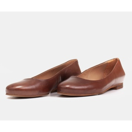 Marco Shoes Ballerinas aus braunem Narbenleder, handpoliert 6